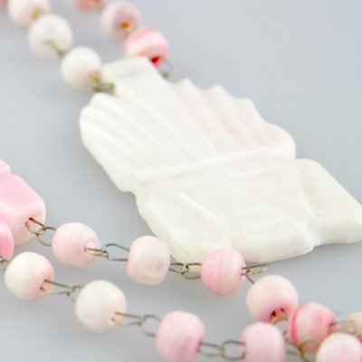 Coco and Benny 1960's Pink Agate Carved Stone Mexican Vintage Necklace