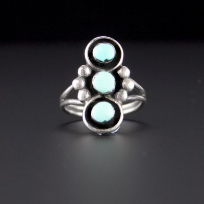 Coco and Benny 1980's Pale Turquoise Native American Navajo Sterling Silver VIntage Ring